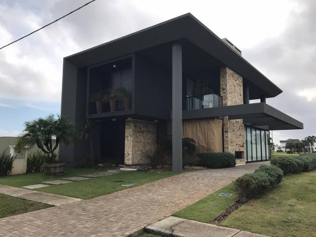 Casa em Condomínio 4 dormitórios para venda, CAPÃO ILHAS RESORT em Capão da Canoa | Ref.: 109