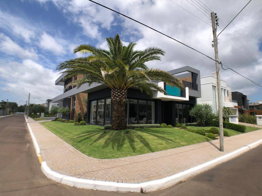 Casa em Condomínio 4 dormitórios para venda, VELAS DA MARINA em Capão da Canoa | Ref.: 155