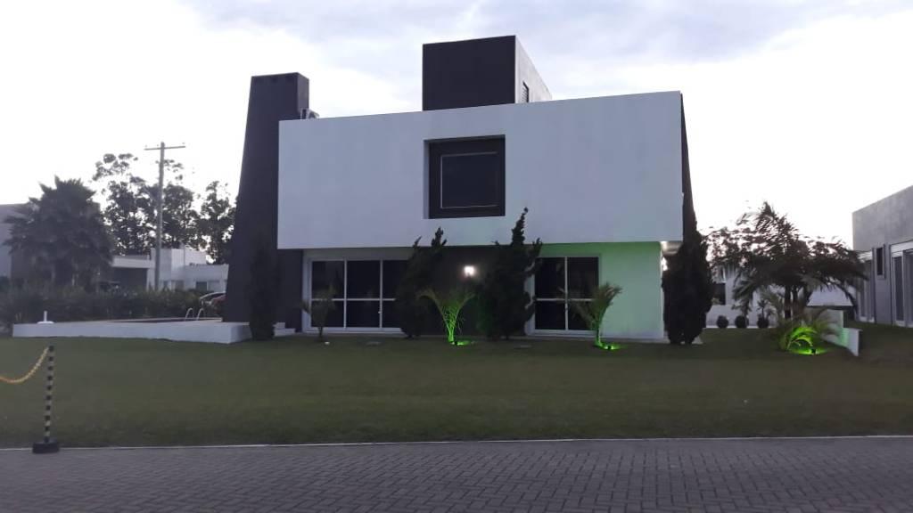 Casa em Condomínio 4 dormitórios para venda, DUBAI RESORT em Capão da Canoa | Ref.: 1693
